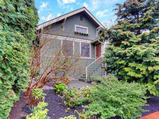 2115 3rd Ave N – Seattle